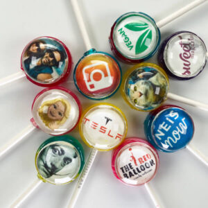 Personalise your very own set of 10 lollipops (min order). Lollipops for parties, weddings, valentines day, corporate branding.